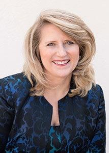 Coachingausbildung Frankfurt Dozentin Körpersprache und Leadership Laura Baxter